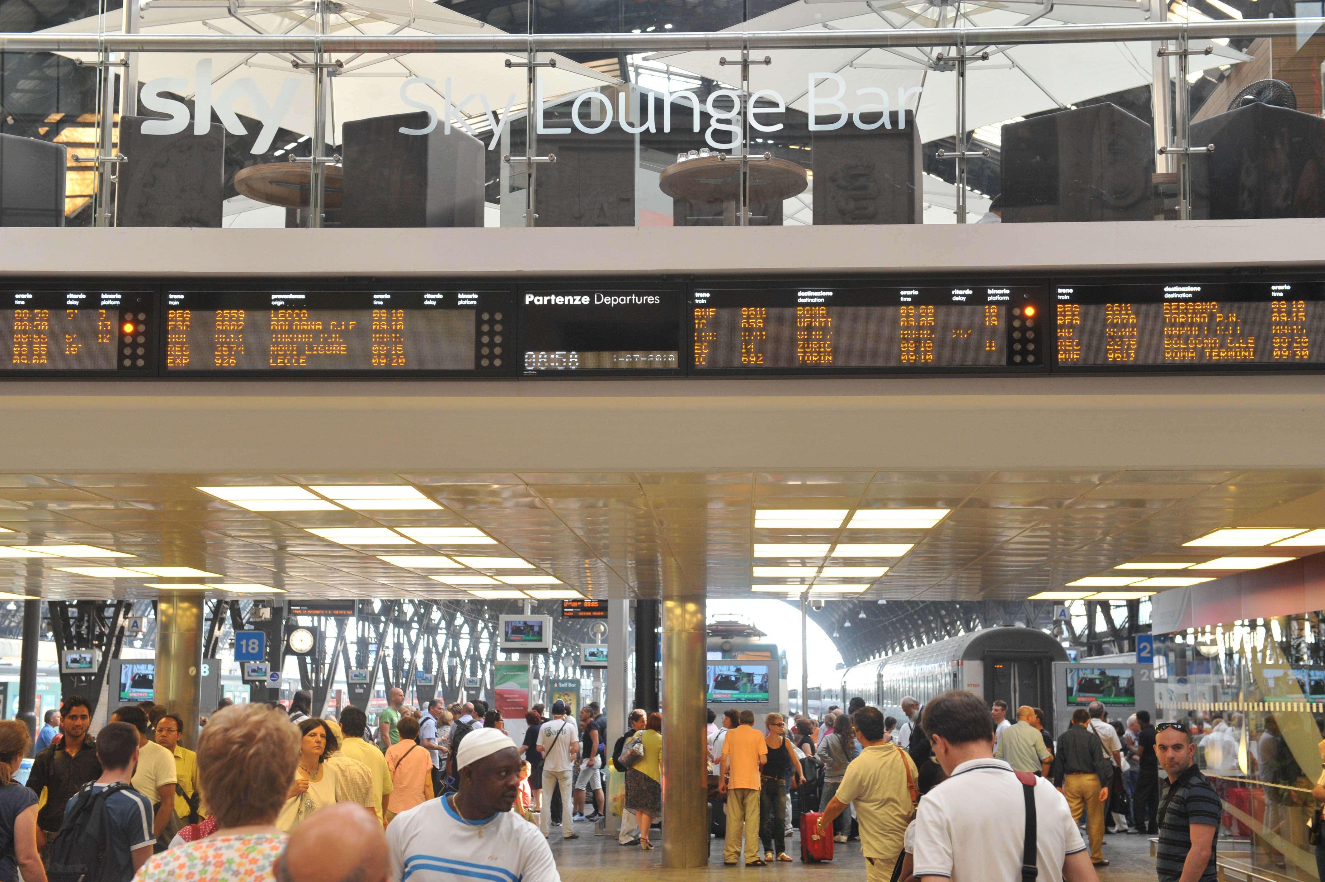 Autogrill inaugura lo Sky Lounge alla stazione di Milano Centrale ...